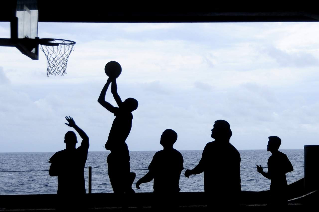 uss-nimitz-basketball-silhouettes-sea-69773